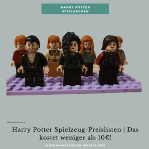 Unsere Harry Potter Spielzeug-Preisliste im Überblick   Must-Haves für jeden Fan, du findest garantiert das passende Geschenk! Ich werde oft gefragt welches Harry Potter Spielzeug meine Kids haben, was auch tatsächlich bespielt wird und was ich definitiv weiterempfehlen kann. Deshalb fasse ich unsere persönliche Kollektion gerne zusammen.  LEGO Harry Potter Bücher, Filme, Sets, Barbie, Spielpuppen